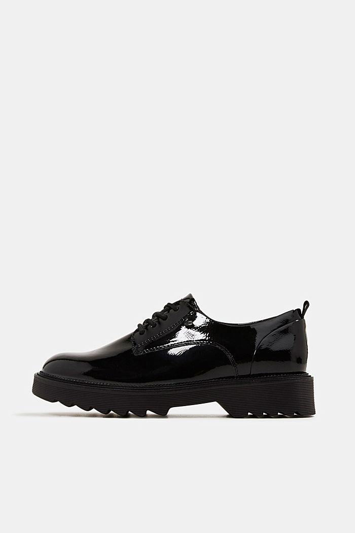 Patent lace-up shoes