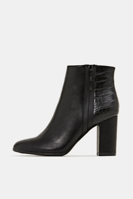 Faux leather ankle boots with an embossed reptile pattern, BLACK, detail