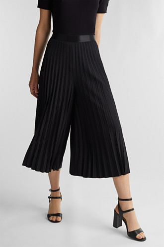 Recycled: culottes with pleats