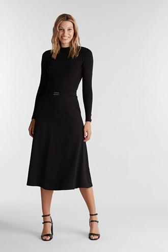 Midi-skirt made of textured jersey