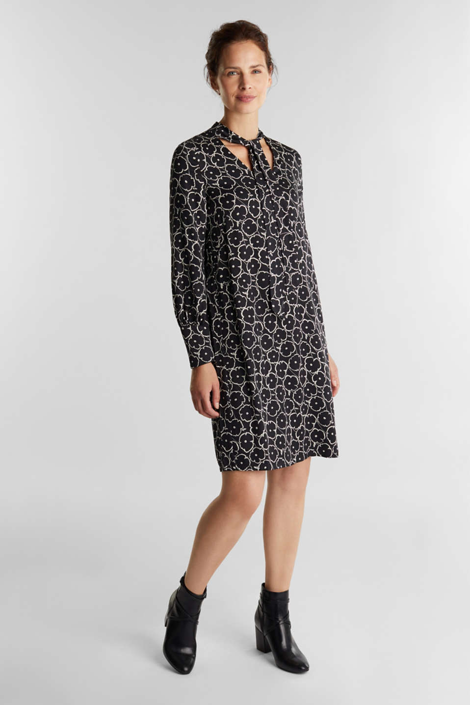 Esprit - Modern, printed LENZING™ ECOVERO™ dress