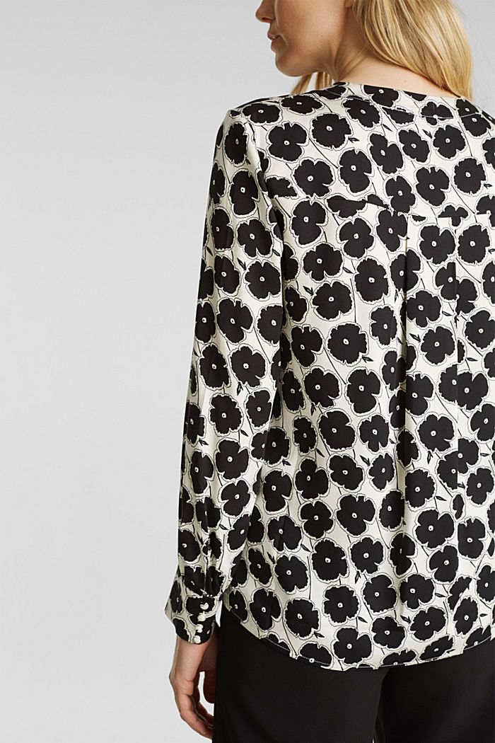 Print blouse made of LENZING™ ECOVERO™, OFF WHITE, detail image number 5