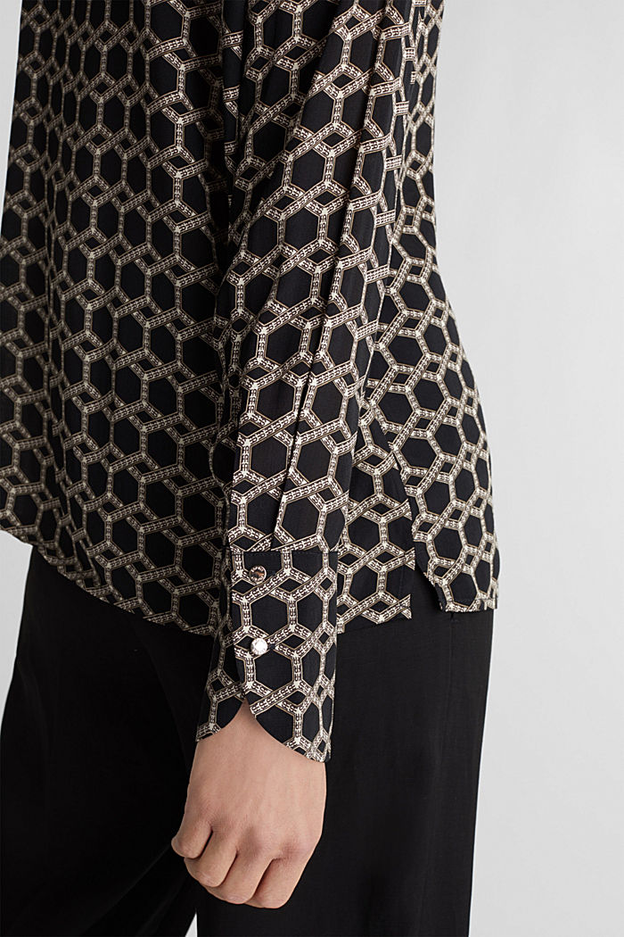 Crêpe blouse with a chain print, BLACK, detail image number 5