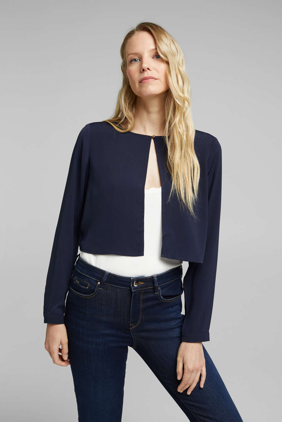 Esprit - Recycled: flowing, cropped jacket