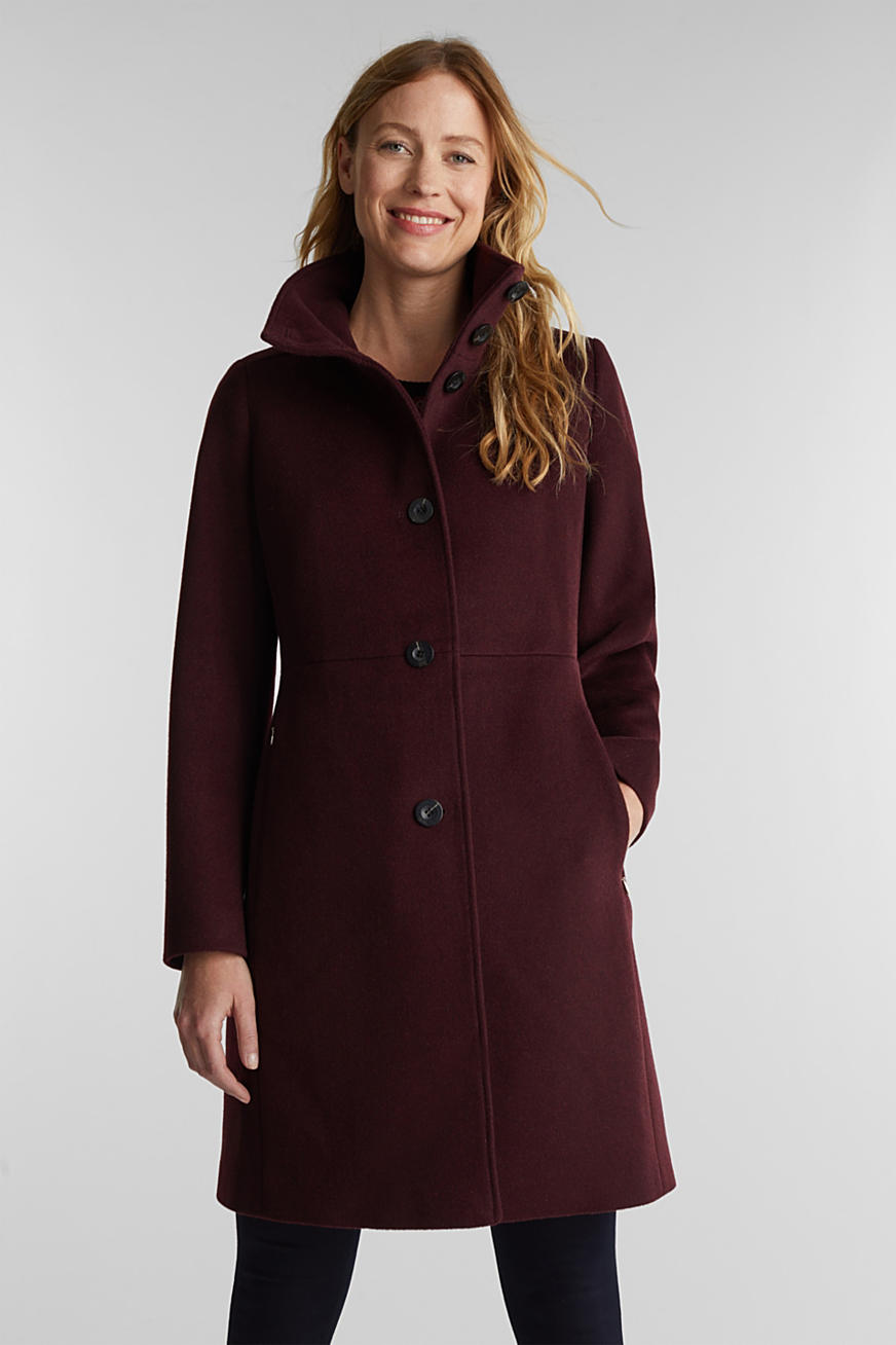 Made of blended wool: Coat with a stand-up collar