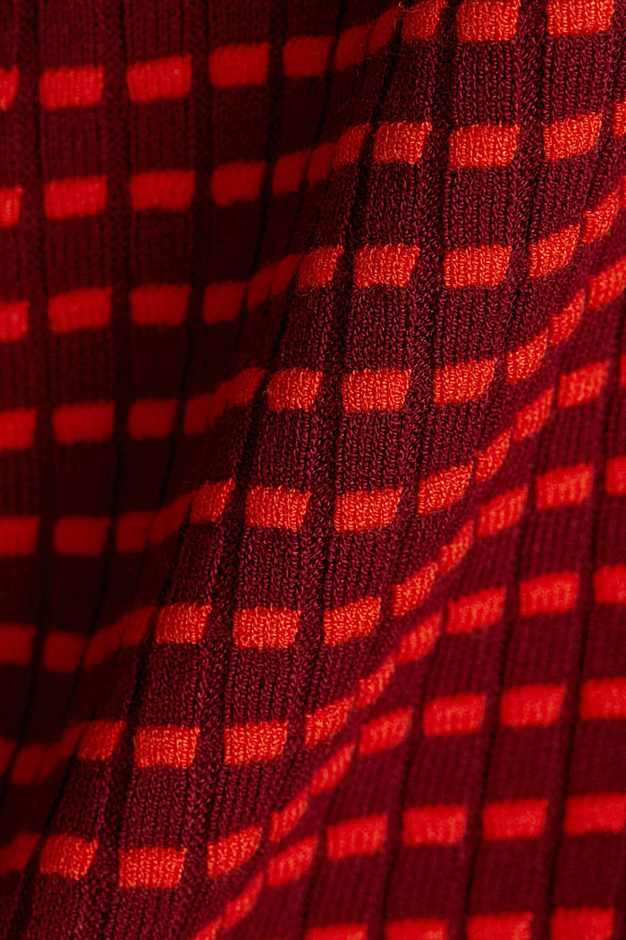 Textured jumper made of blended LENZING™ ECOVERO™, BORDEAUX RED, detail image number 4