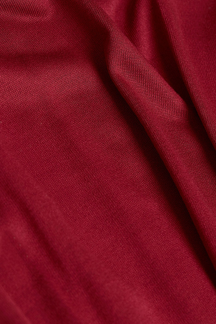 T-shirt made of LENZING™ ECOVERO™, BORDEAUX RED, detail image number 4