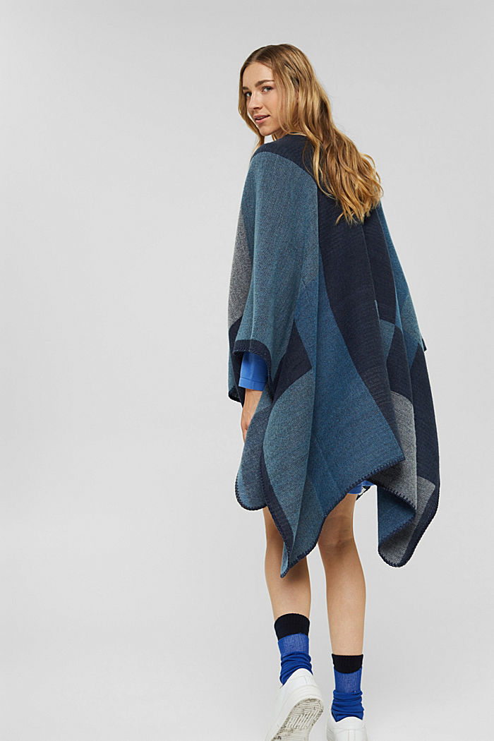 Recycelt: Poncho im Patchwork-Look, NAVY, detail image number 4