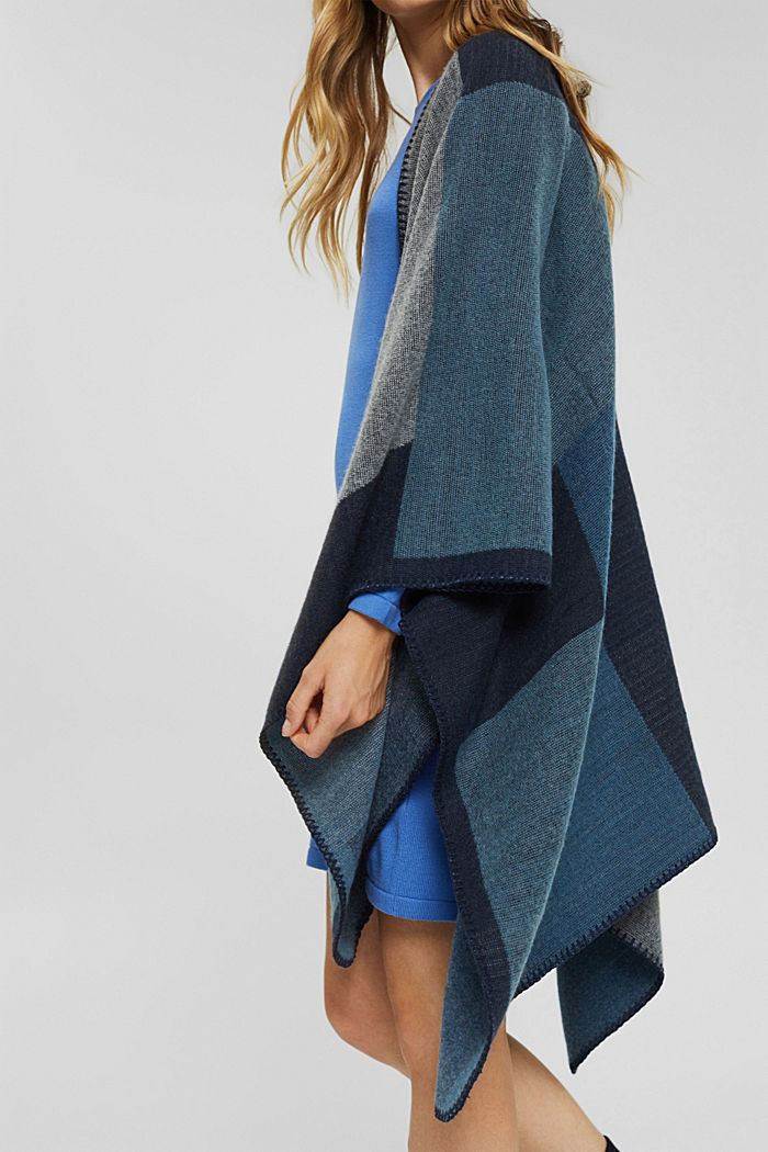 Recycelt: Poncho im Patchwork-Look, NAVY, detail image number 3