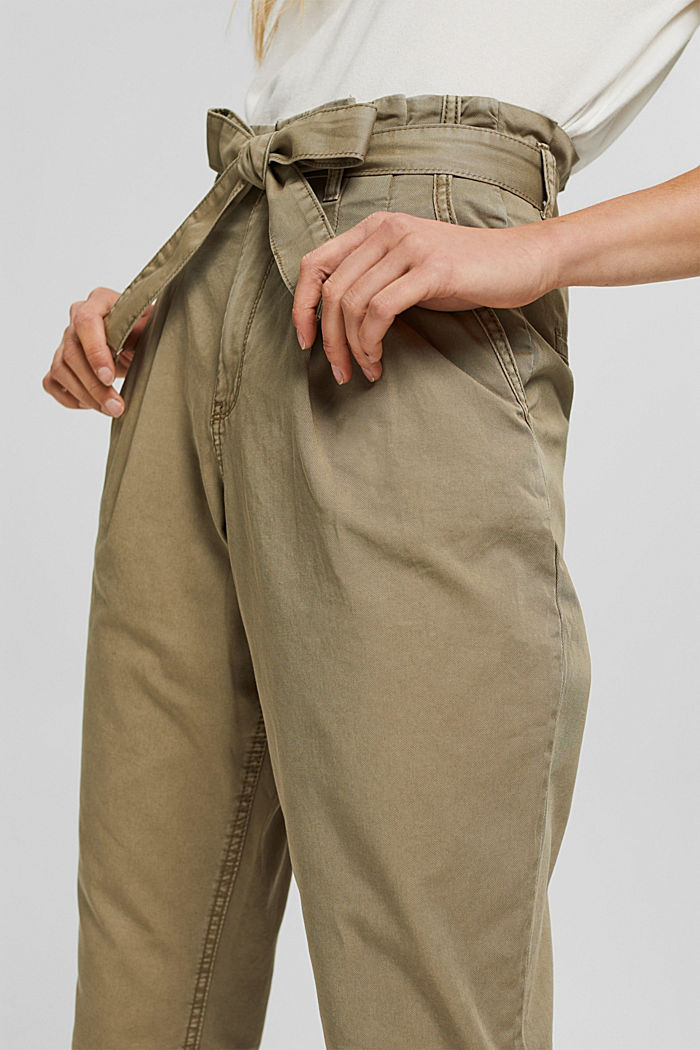 Pima cotton paperbag trousers with a belt, LIGHT KHAKI, detail image number 2