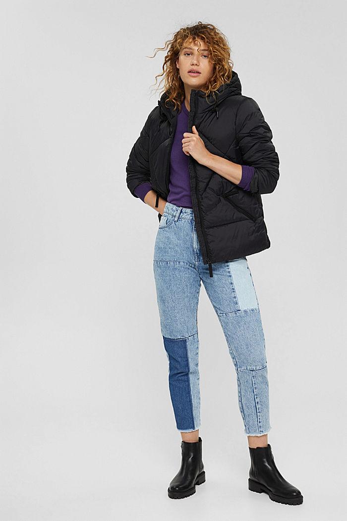 Gerecycled: gewatteerde jas met capuchon, BLACK, detail image number 1