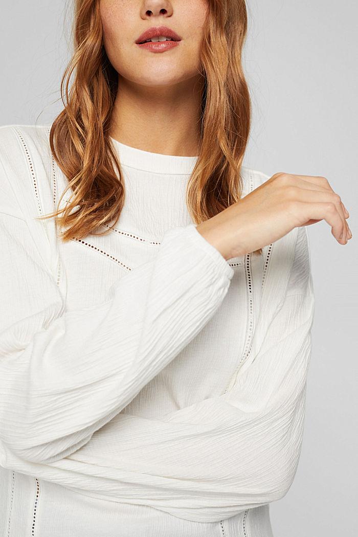 Crinkled blouse met opengewerkt borduursel, mix met biologisch katoen, OFF WHITE, detail image number 2