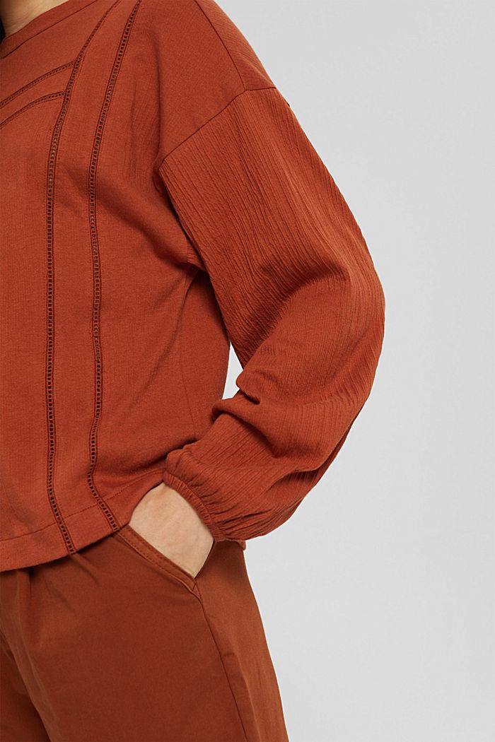 Crinkled blouse met opengewerkt borduursel, mix met biologisch katoen, RUST ORANGE, detail image number 2
