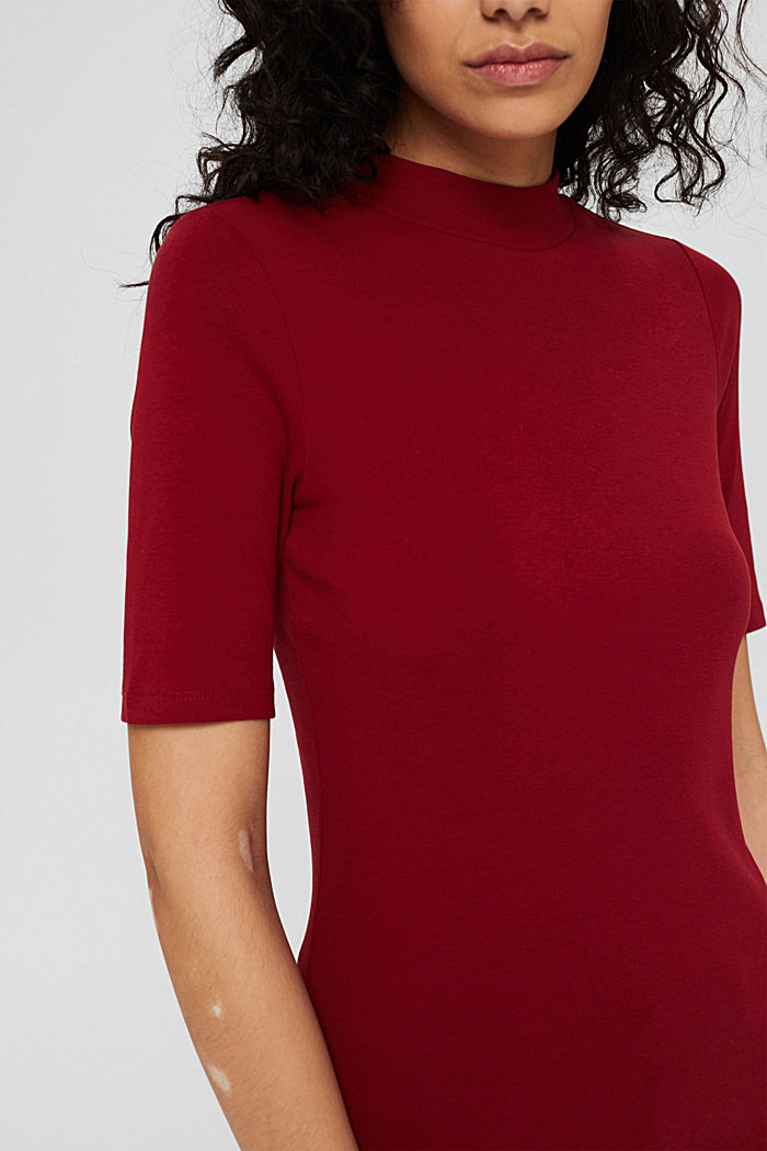 Basic top with a band collar, 100% organic cotton, DARK RED, detail image number 2