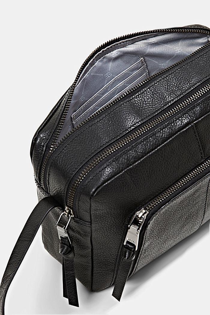 En piel: Bolso bandolera con cremallera, BLACK, detail image number 4