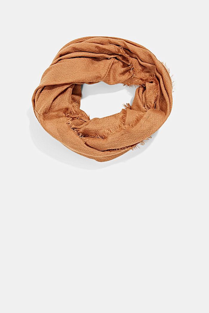 In materiale riciclato: sciarpa ad anello in tessuto tinta unita