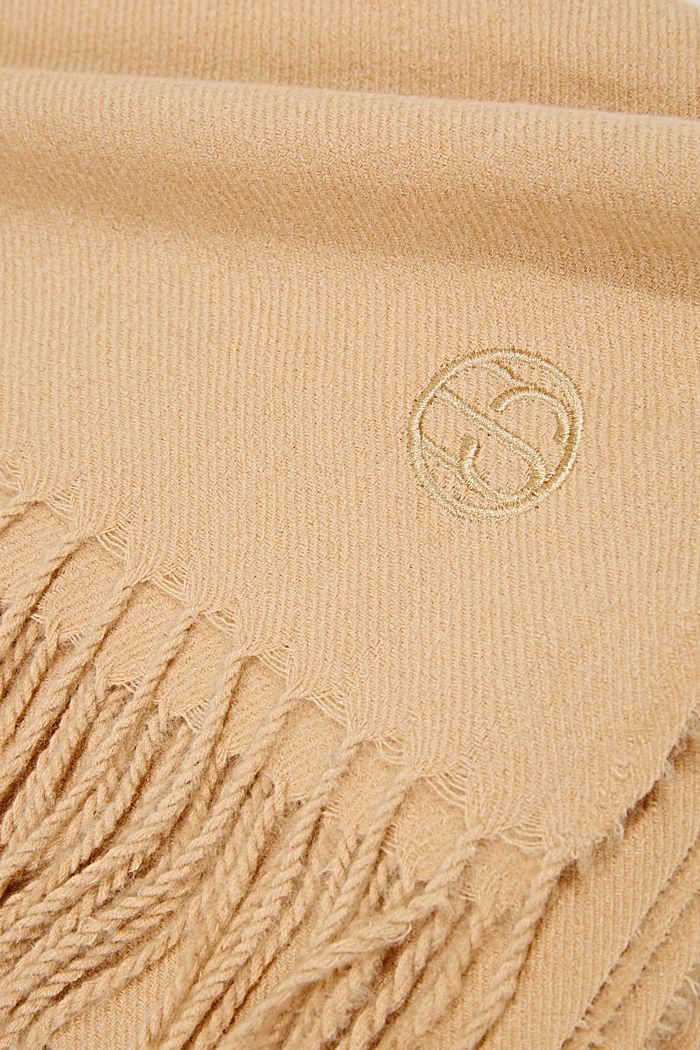 Gerecycled: extra zachte geweven sjaal met franjes, KHAKI BEIGE, detail image number 2
