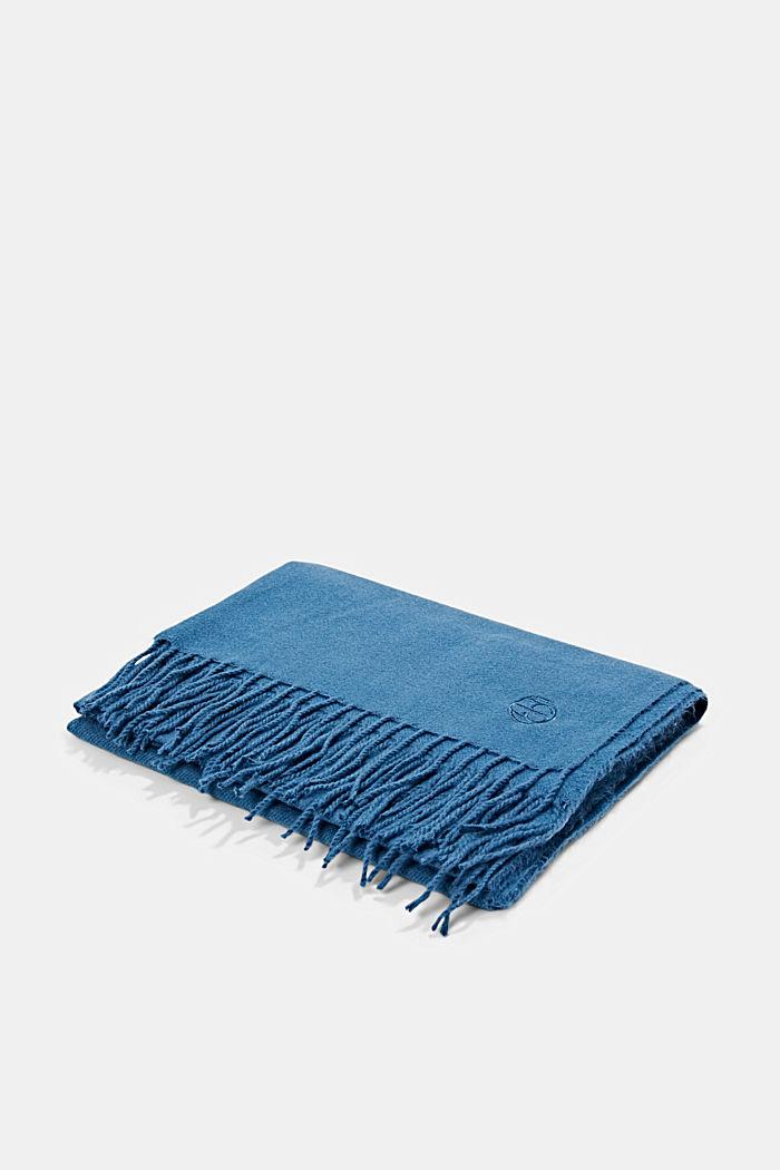 Gerecycled: extra zachte geweven sjaal met franjes, DARK BLUE, detail image number 3
