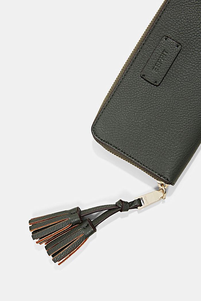 Geldbörse in Lederoptik mit Tasselanhänger, DARK KHAKI, detail image number 1