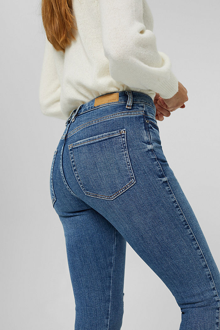 High-Rise-Jeans mit Used-Details