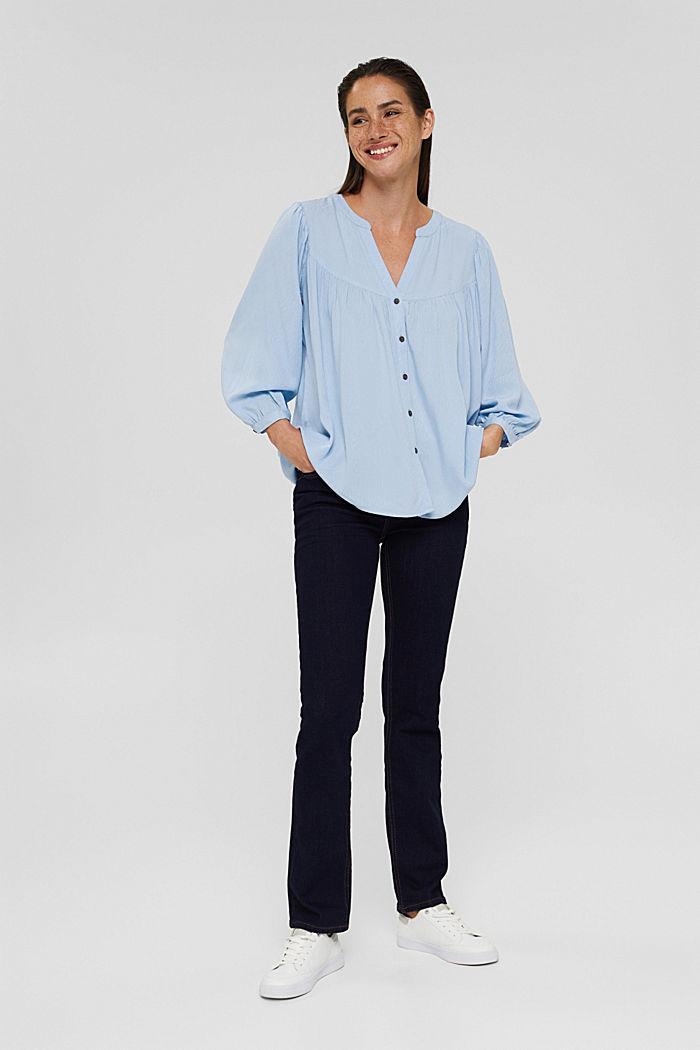 Bluse aus LENZING™ ECOVERO™, PASTEL BLUE, detail image number 1