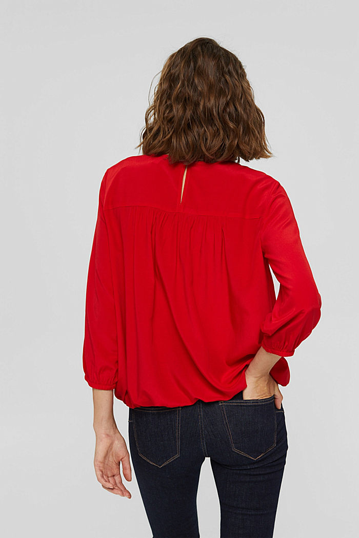 Bluse mit Elastiksaum, LENZING™ ECOVERO™, RED, detail image number 3