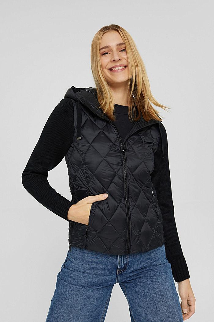 Reciclado: chaqueta acolchada con mangas de punto