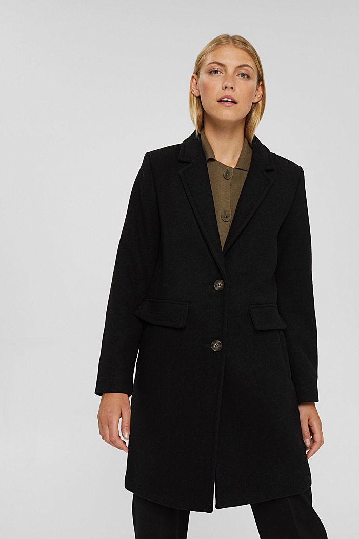 En matière recyclée: le manteau en laine mélangée