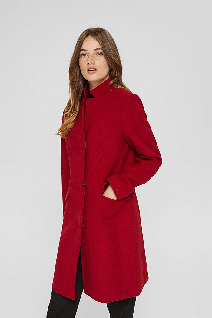 Aus recyceltem Woll-Mix: Mantel mit Stehkragen, DARK RED, detail image number 0