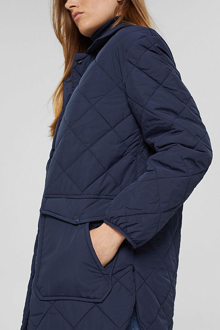 100% Recycelt: Steppjacke mit großen Taschen, NAVY, detail image number 2