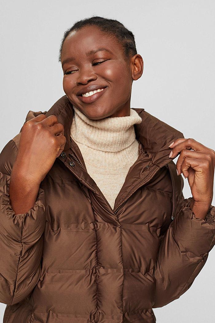 En matière recyclée: le manteau matelassé à capuche amovible, DARK BROWN, detail image number 6