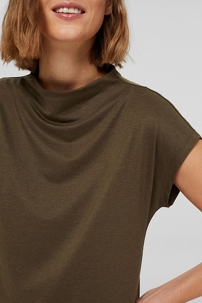 Met TENCEL™: T-shirt met opstaande kraag, DARK KHAKI, detail image number 2