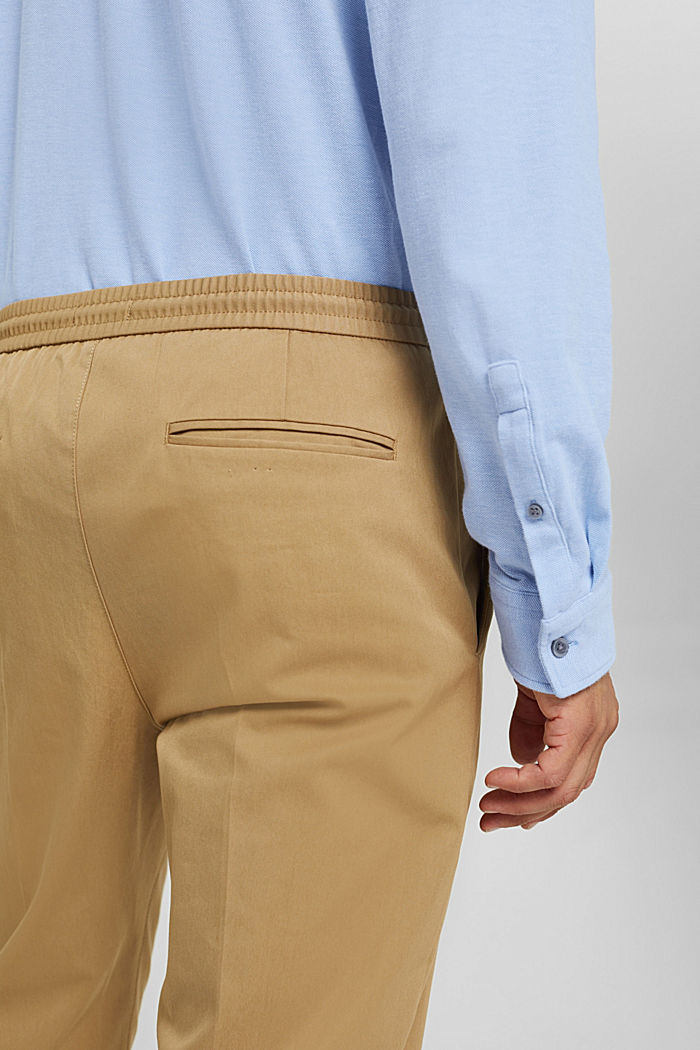 Chinos with an elasticated waistband made of blended organic cotton, BEIGE, detail image number 5