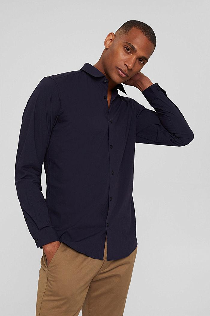 À teneur en lin, avec la technologie COOLMAX®: la chemise à col ajustable