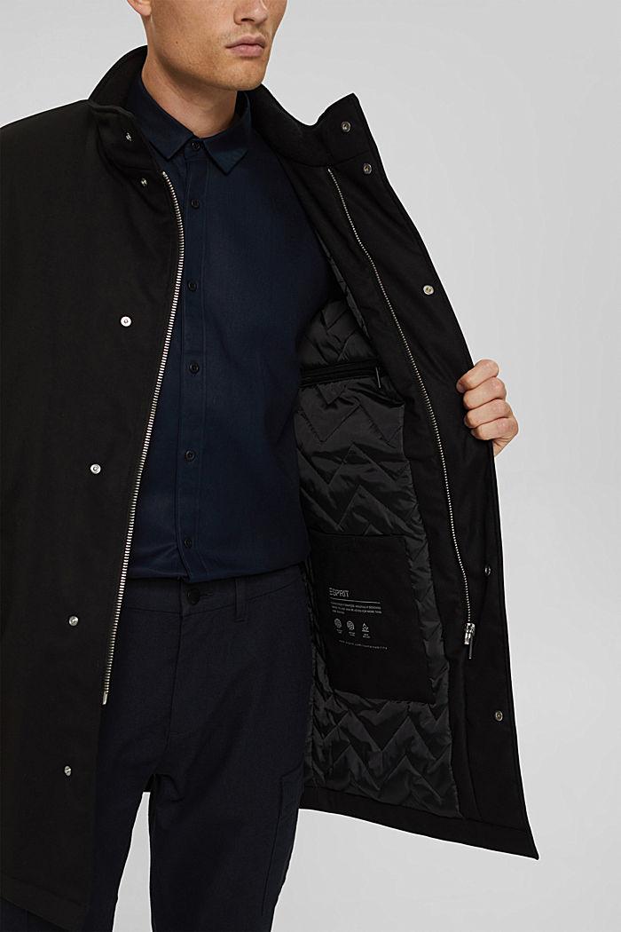 En matière recyclée: le manteau rembourré, BLACK, detail image number 5