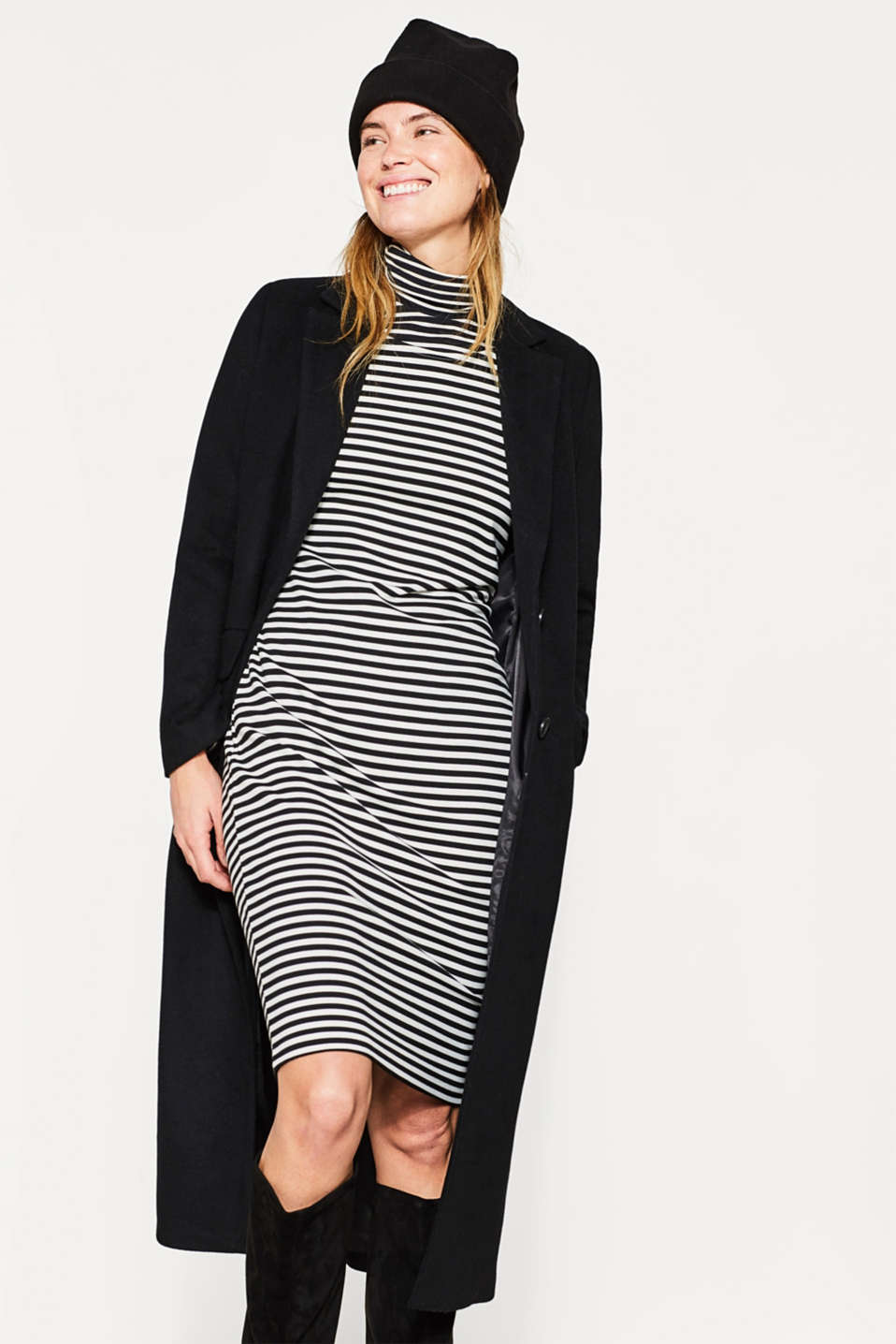 Stretch jersey dress with gathered sleeves