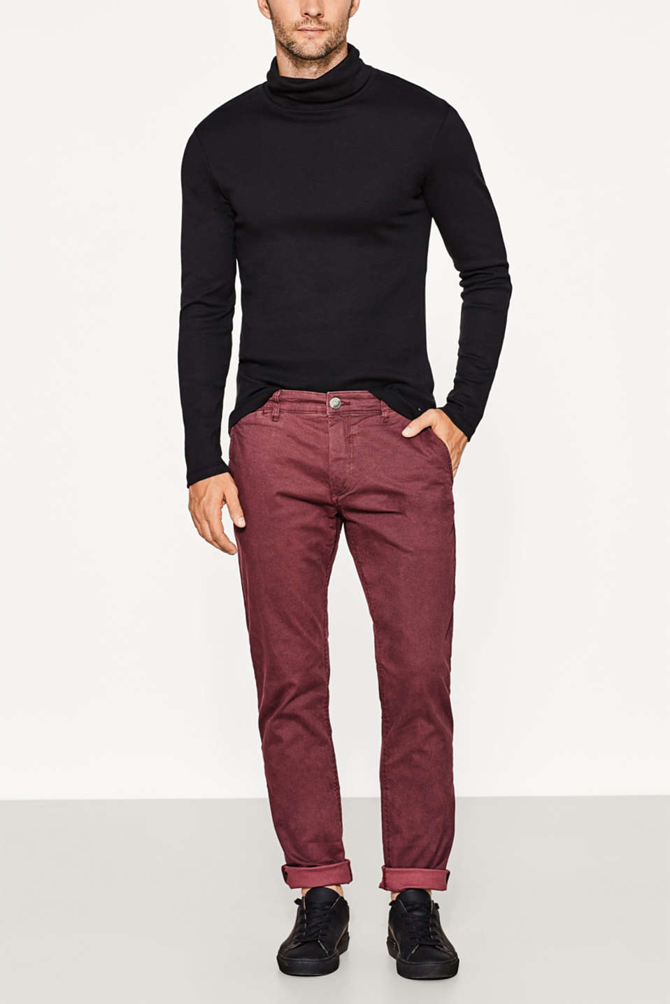 Esprit - Stretch cotton chinos with a minimal print