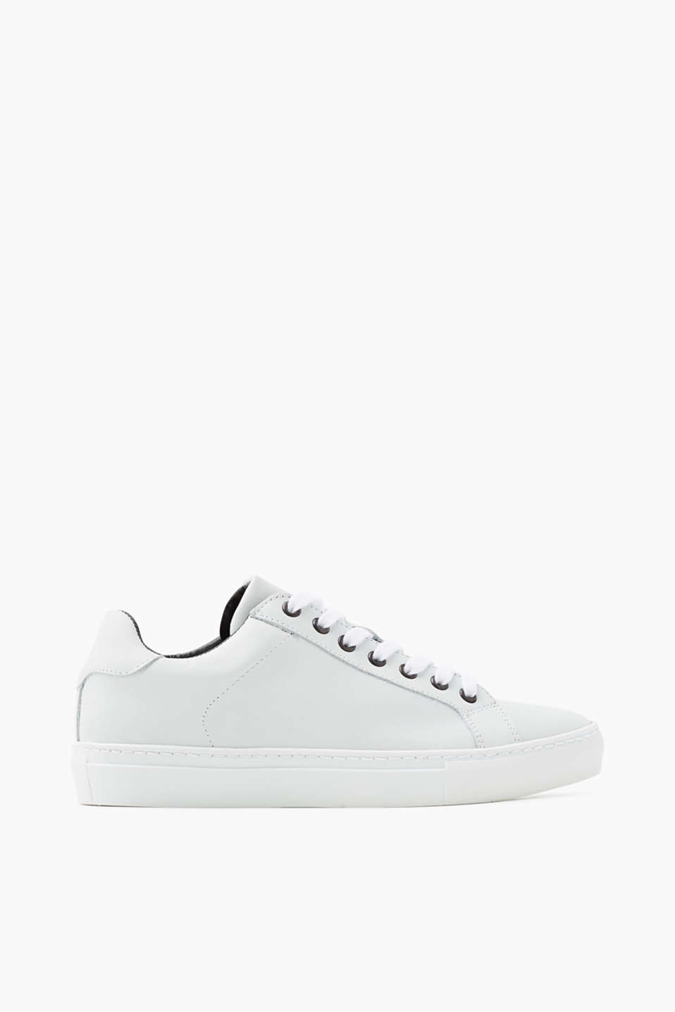 Classic trainers in smooth leather