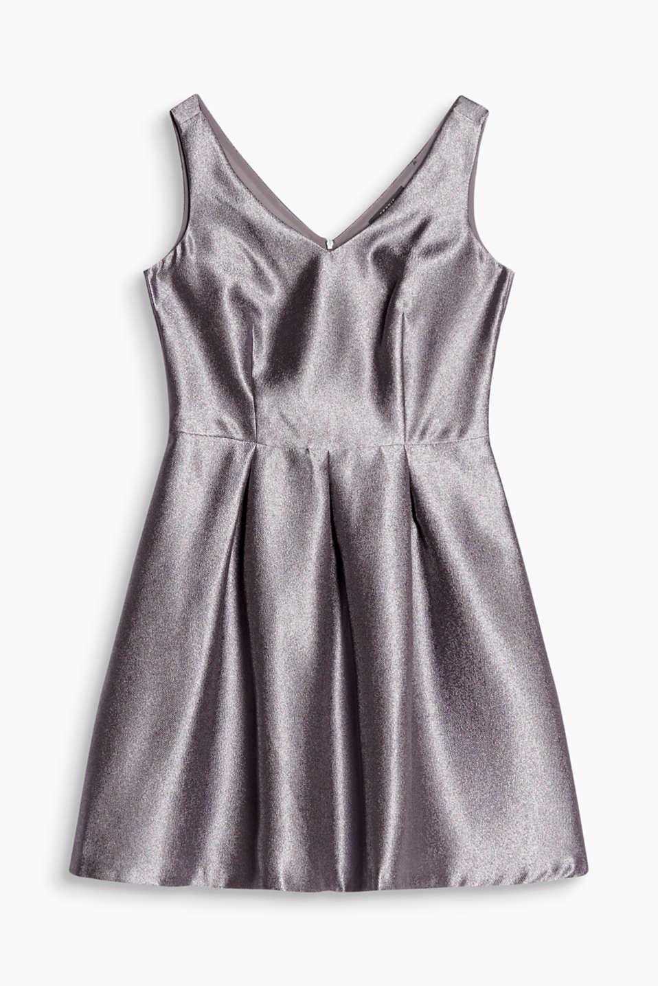 811afcbb39bb1a Glanzend en gestructureerd  jurk met V-hals aan de voor- en achterkant en