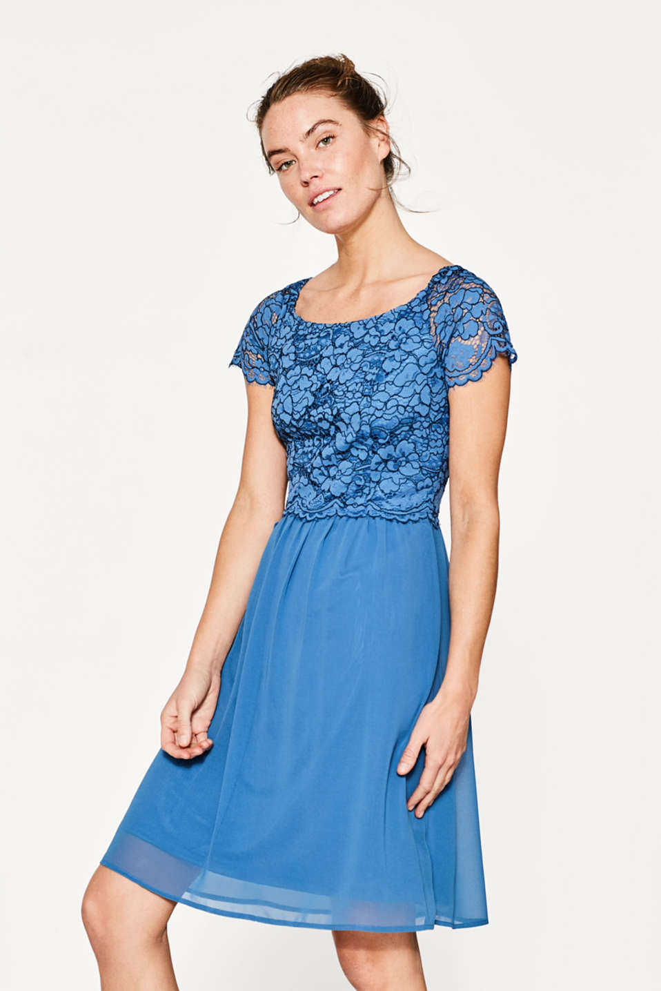 Esprit - Flared dress in lace and chiffon