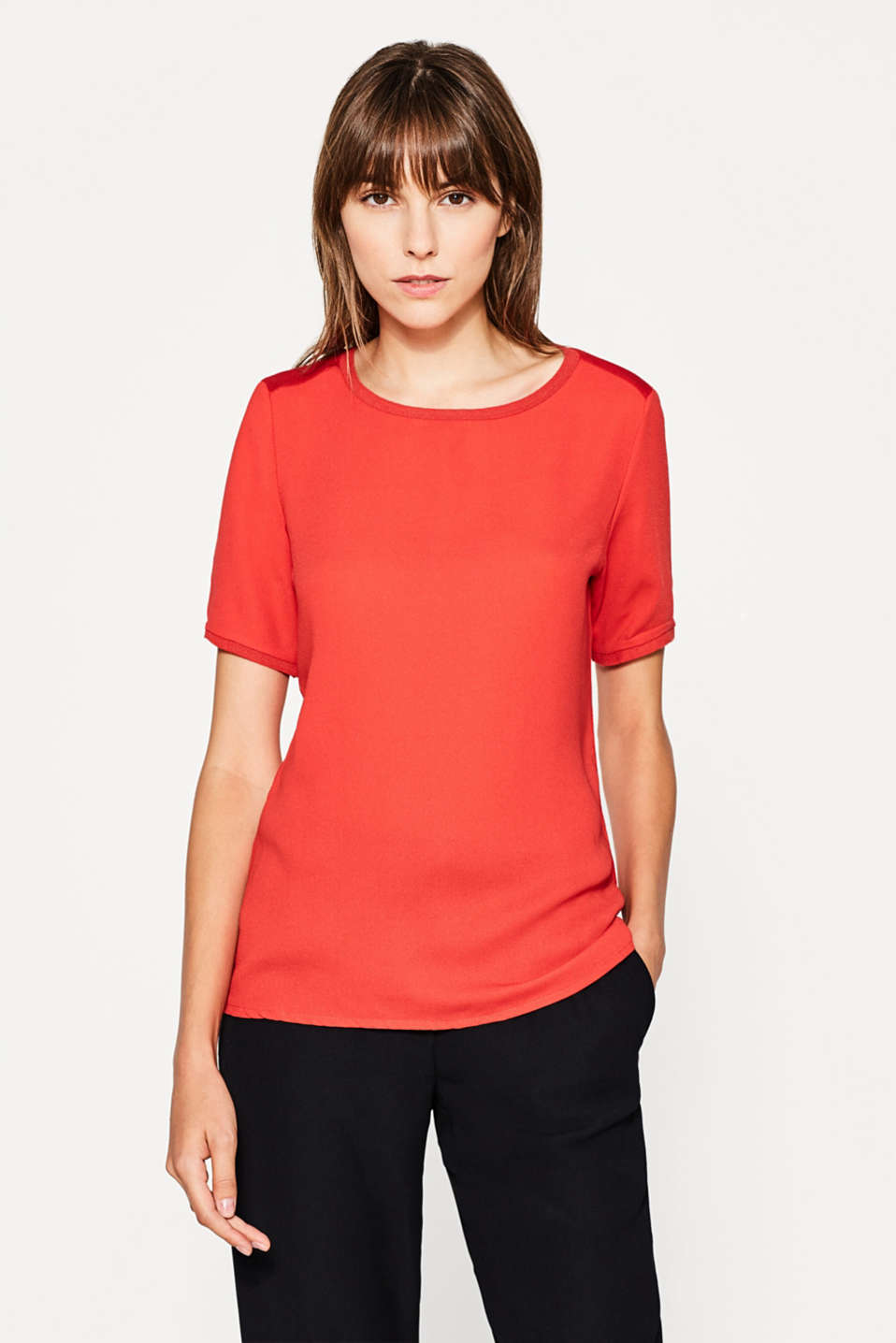 Esprit - T-shirt with a ribbed round neck