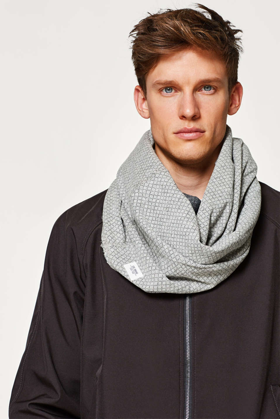 Textured jersey snood