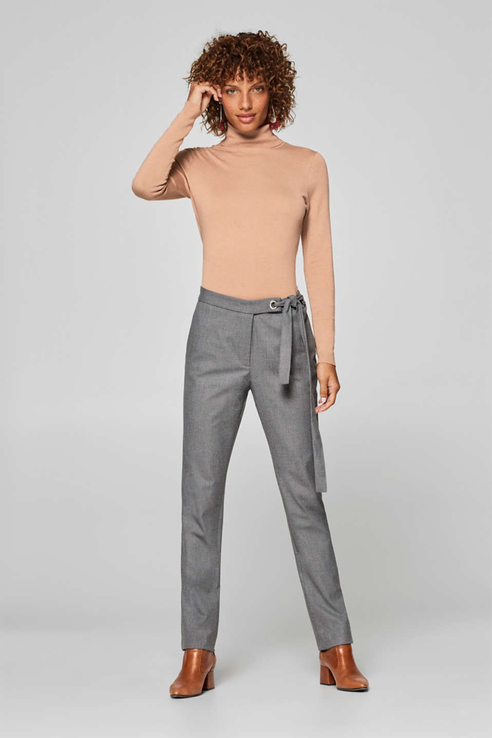 edc - Stretch trousers with pinstripes and knot details