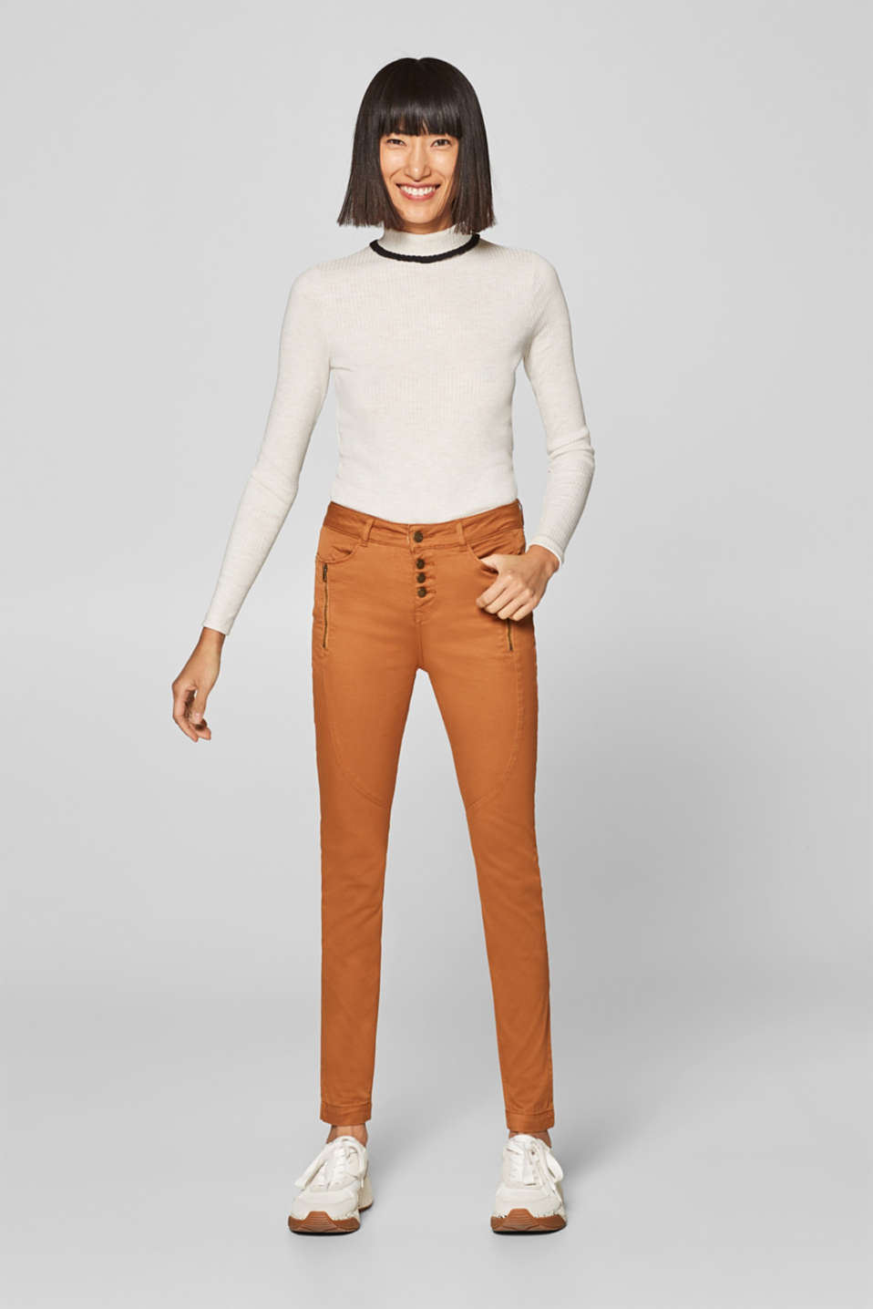 edc - Stretch trousers with a button placket and zips