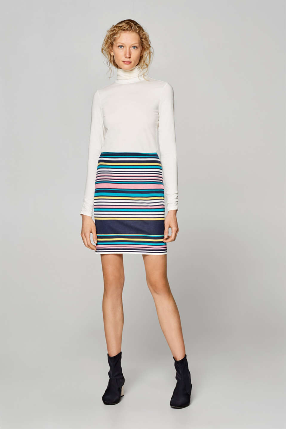 Stretch skirt with stripes