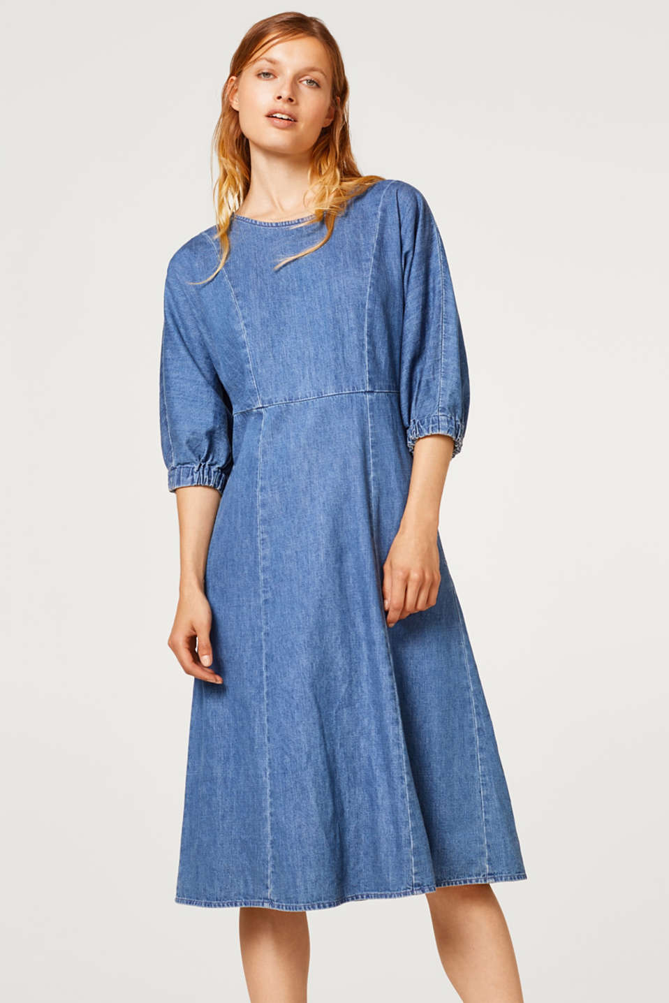 edc - Denim dress in midi length, 100% cotton
