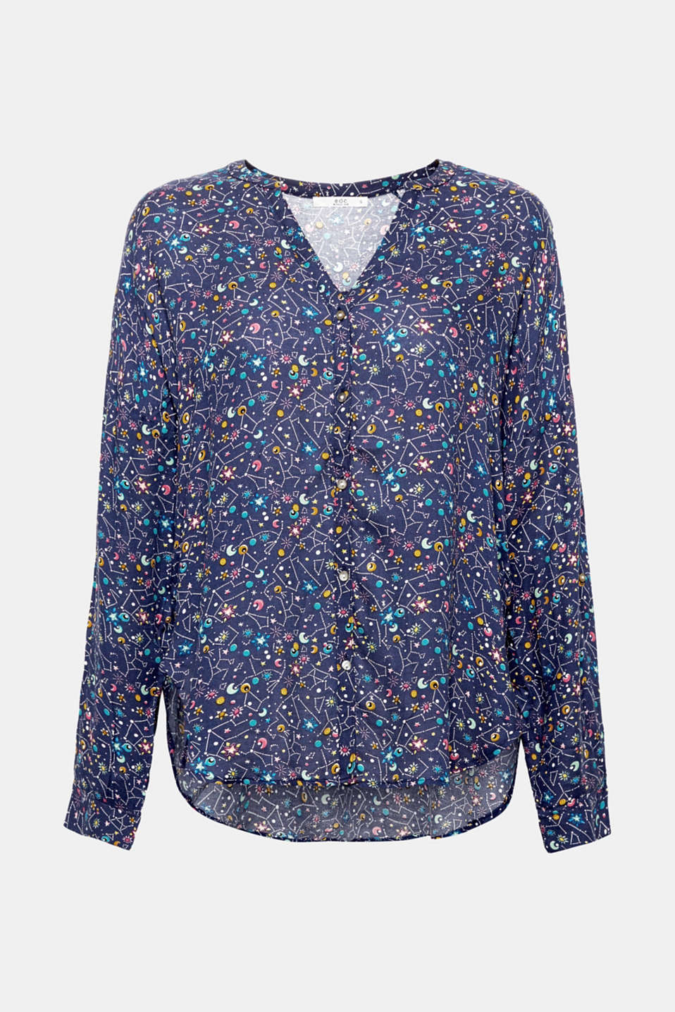 Casual favourite: With a colourful print, adjustable turn-up sleeves and a fashionable high-low hem, this blouse has everything a casual piece needs!