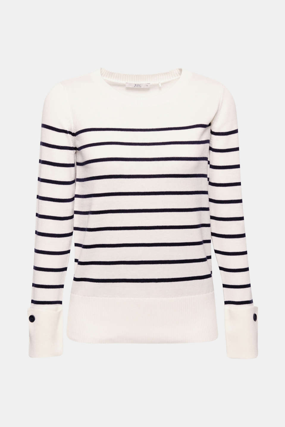 We love nautical stripes – even more when details like the turn-up buttoned cuffs on the sleeves provide a new, modern look!