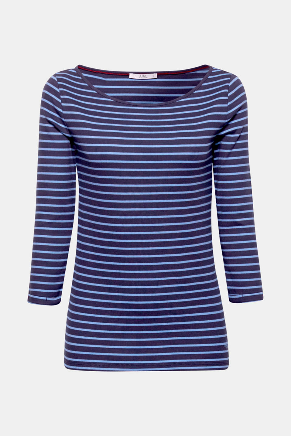 Stripes paired with ribbed jersey – the result is this soft cotton top with a classic bateau neckline which rounds off a range of casual looks perfectly.