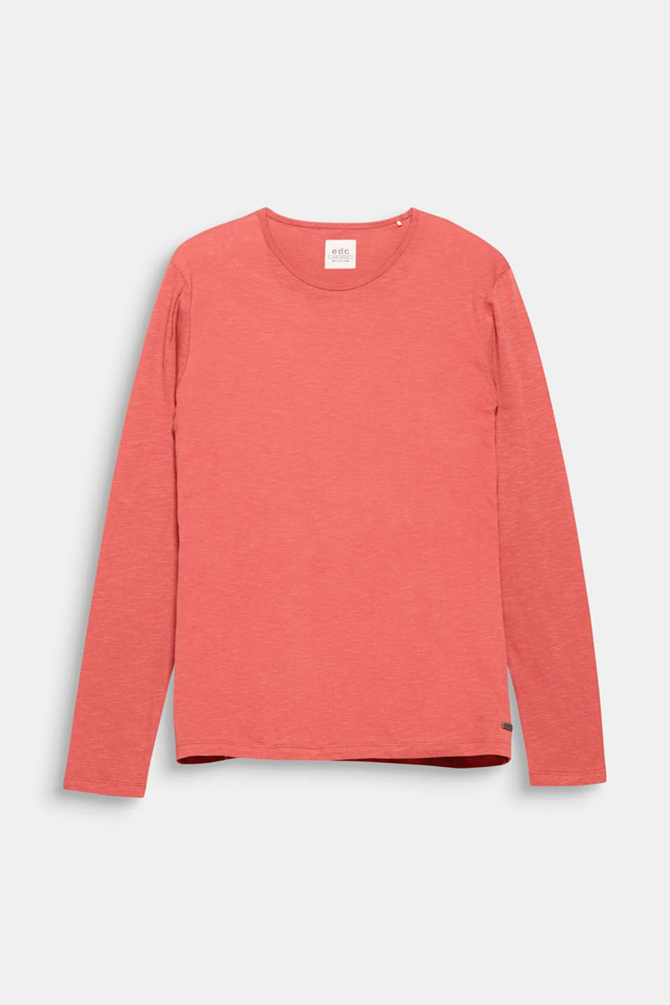 A fashion basic begging for wardrobe space: the textured slub jersey fabric makes this long sleeve top charmingly casual.